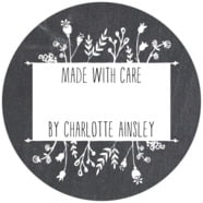 Chalkboard Large Circle Gift Label In Tuxedo