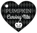 Iconic Halloween heart hang tags