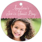Scallop Edge Circle Hang Tag In Pale Pink