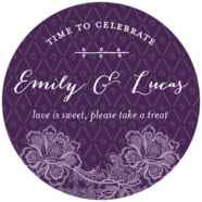 Lucky in Lace large circle labels